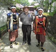Me with samurai reenactors, 29 August 2010.