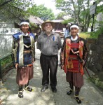 Me with samurai reenactors, 29 August 2010.